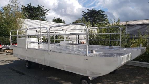 Barge en U